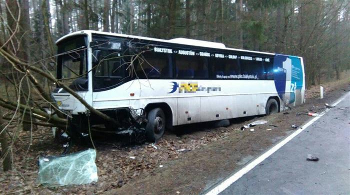 smiertleny-wypadek-aui-autobus