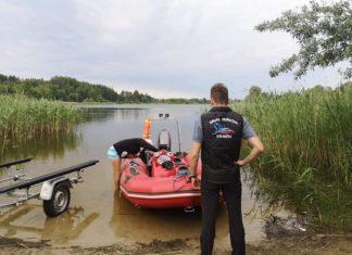 W jeziorze pod Olsztynem trwają poszukiwania ciała dziewczyny zaginionej w 1996 r.